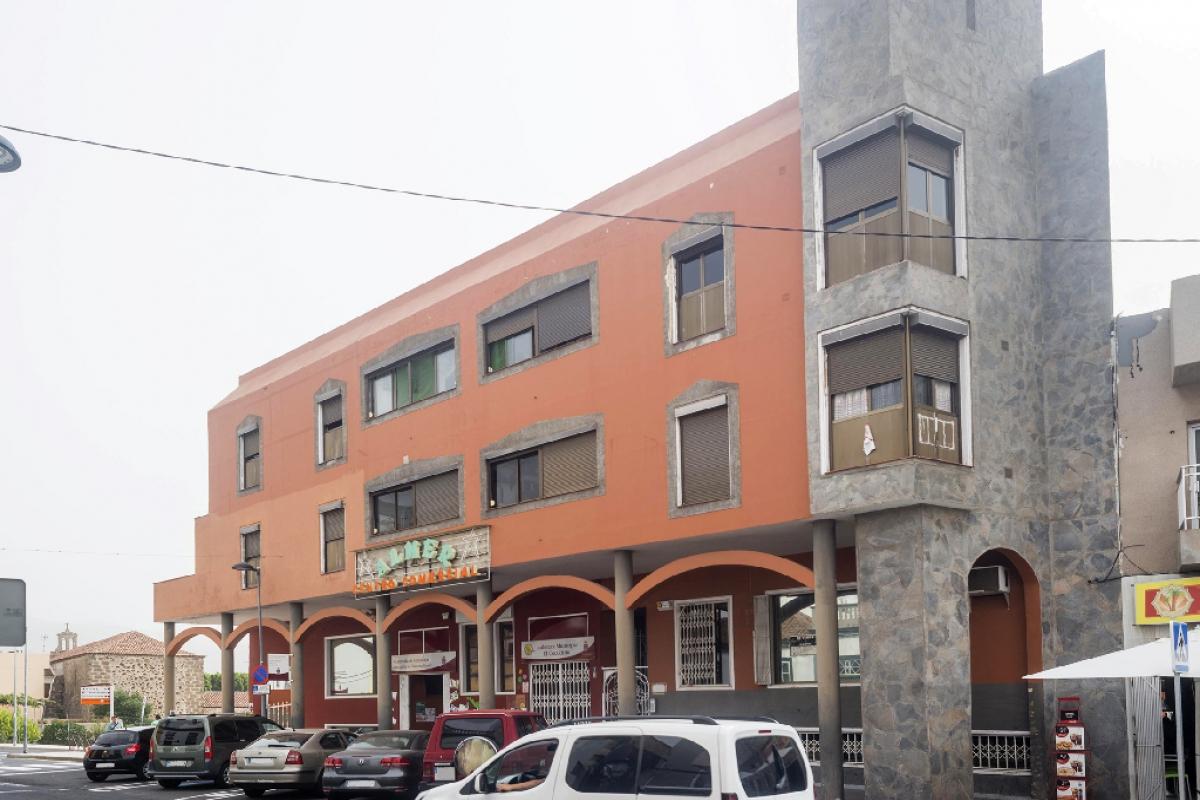Piso en venta en Sobre la Fuente, Granadilla de Abona, Santa Cruz de Tenerife, Calle Calvario, 74.500 €, 3 habitaciones, 1 baño, 95 m2