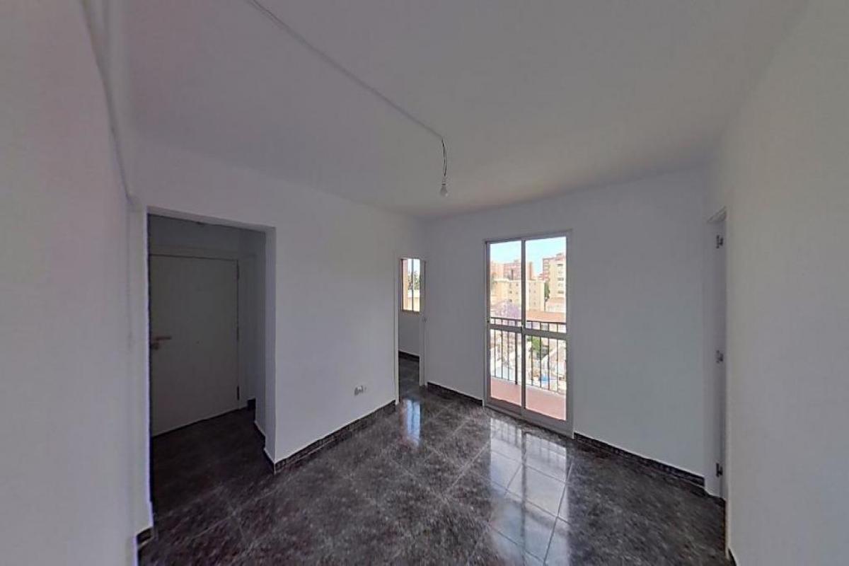 Piso en venta en Carretera de Cádiz, Málaga, Málaga, Calle Cañada de Mejias, 63.500 €, 2 habitaciones, 1 baño, 56 m2