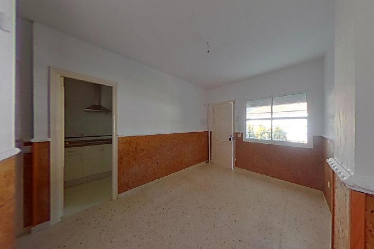 Piso en venta en Guadalcacín, Jerez de la Frontera, Cádiz, Calle Carmen Fatou Bohorquez, 74.000 €, 4 habitaciones, 1 baño, 80 m2