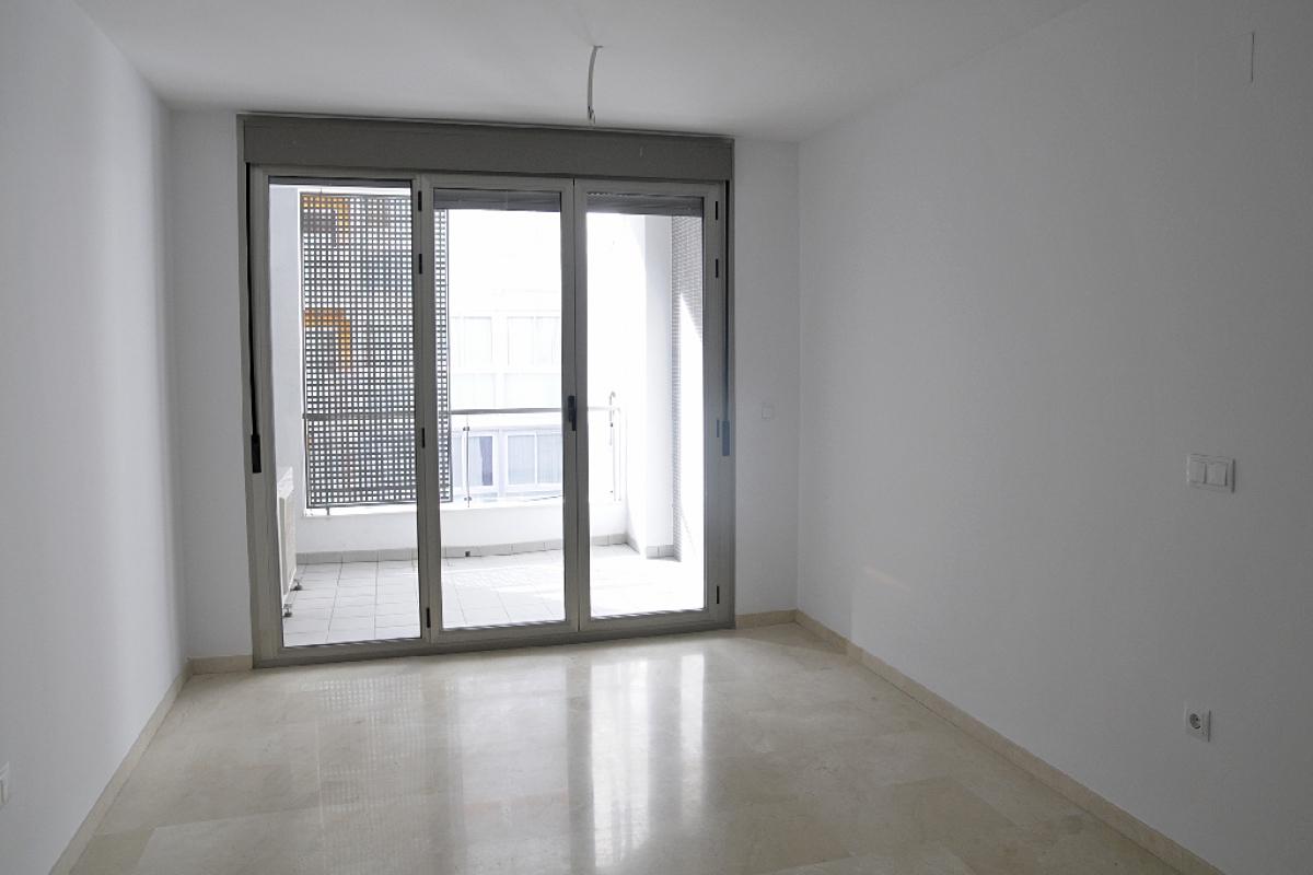 Piso en venta en Orihuela Costa, Benidorm, Alicante, Calle Florida, 138.500 €, 2 habitaciones, 2 baños, 82 m2