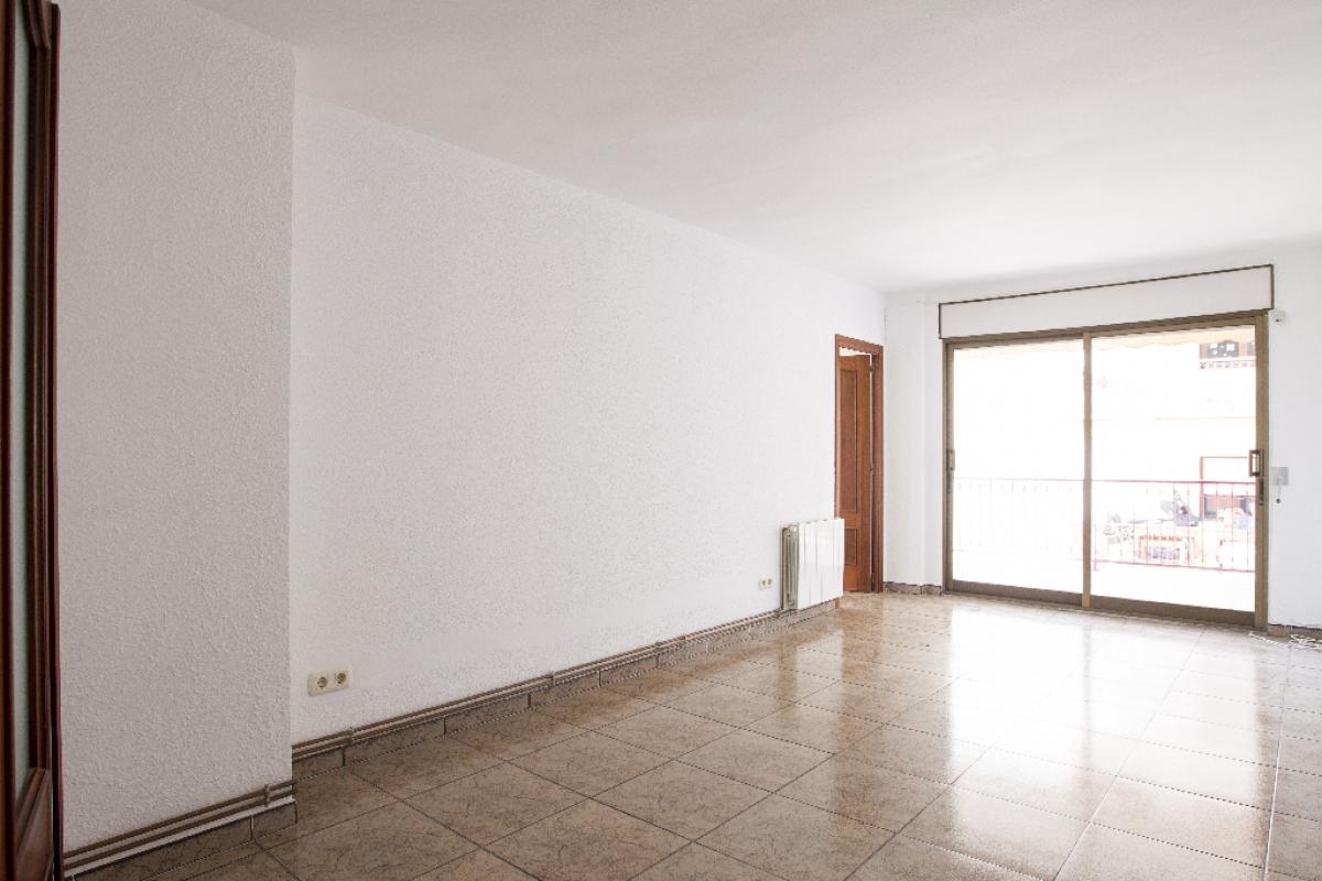 Piso en venta en Cap Salou, Salou, Tarragona, Calle Fra Juniper Serra, 110.500 €, 3 habitaciones, 1 baño, 94 m2