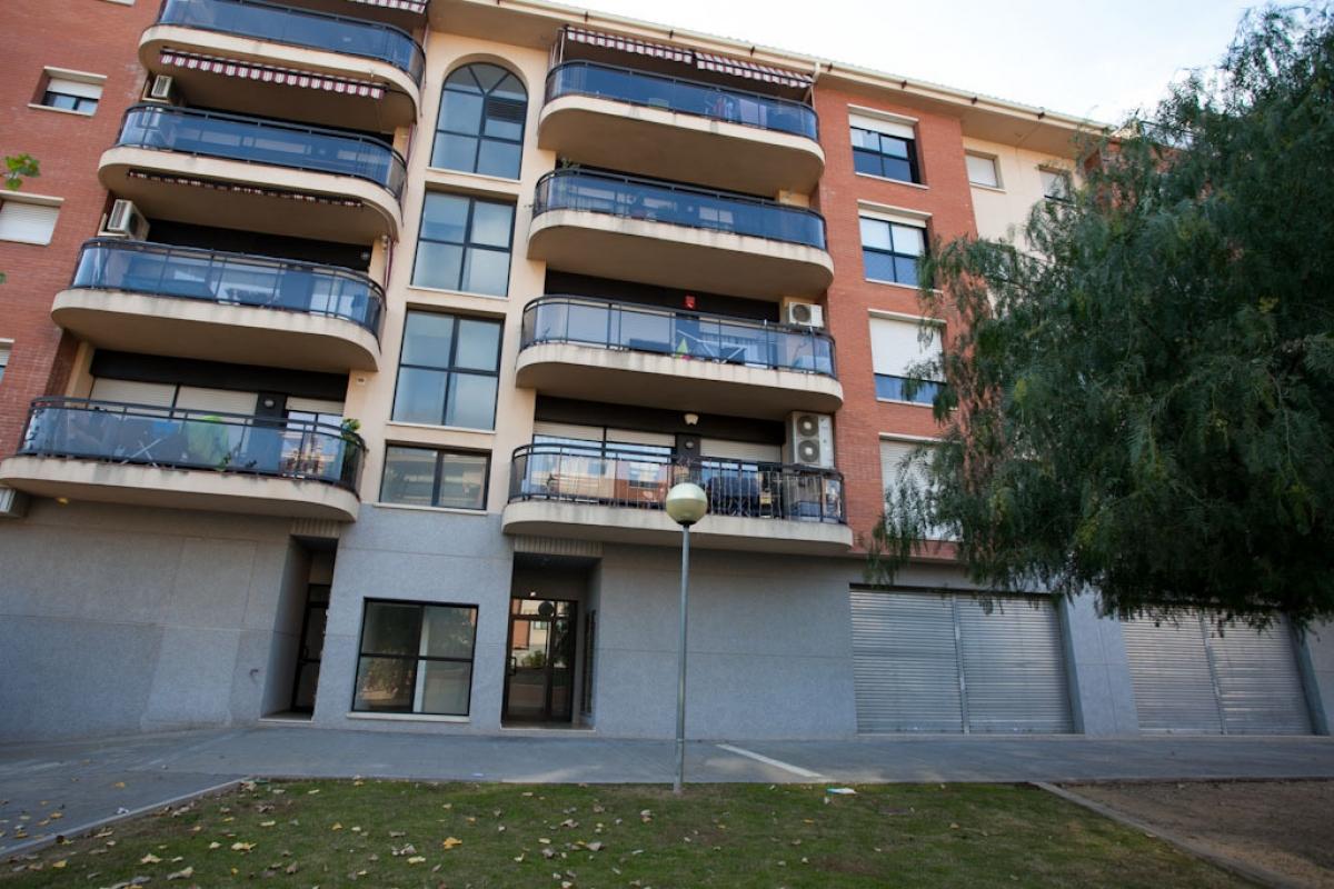 Piso en venta en Sant Josep Obrer, Reus, Tarragona, Calle Montserrat Roig, 163.500 €, 4 habitaciones, 2 baños, 127 m2