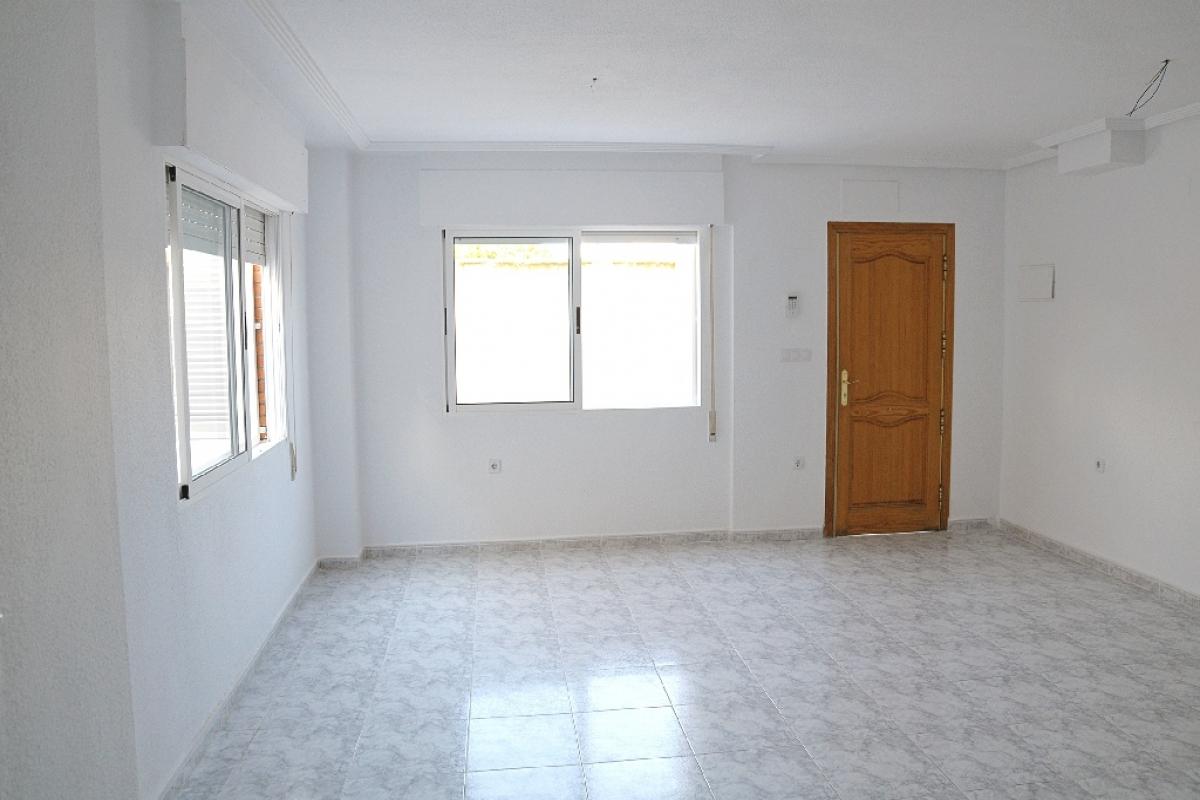 Casa en venta en Urbanización Lagomar I, Orihuela, Alicante, Calle Peri los Altos, 134.000 €, 3 habitaciones, 2 baños, 84 m2