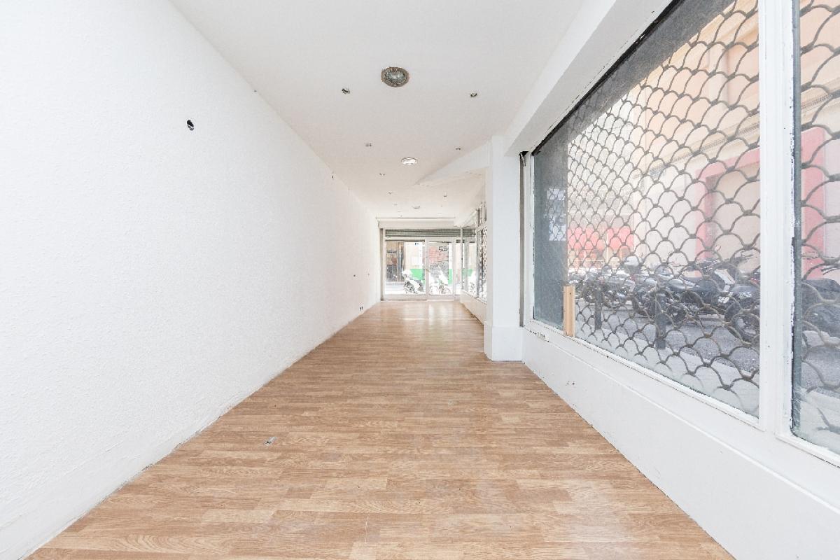 Local en venta en Eixample, Barcelona, Barcelona, Calle Poeta Cabanyes, 133.500 €, 59 m2