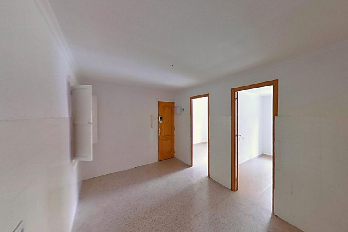 Piso en venta en Gran Alacant, Santa Pola, Alicante, Calle Poeta Miguel Hernandez, 115.500 €, 4 habitaciones, 1 baño, 97 m2