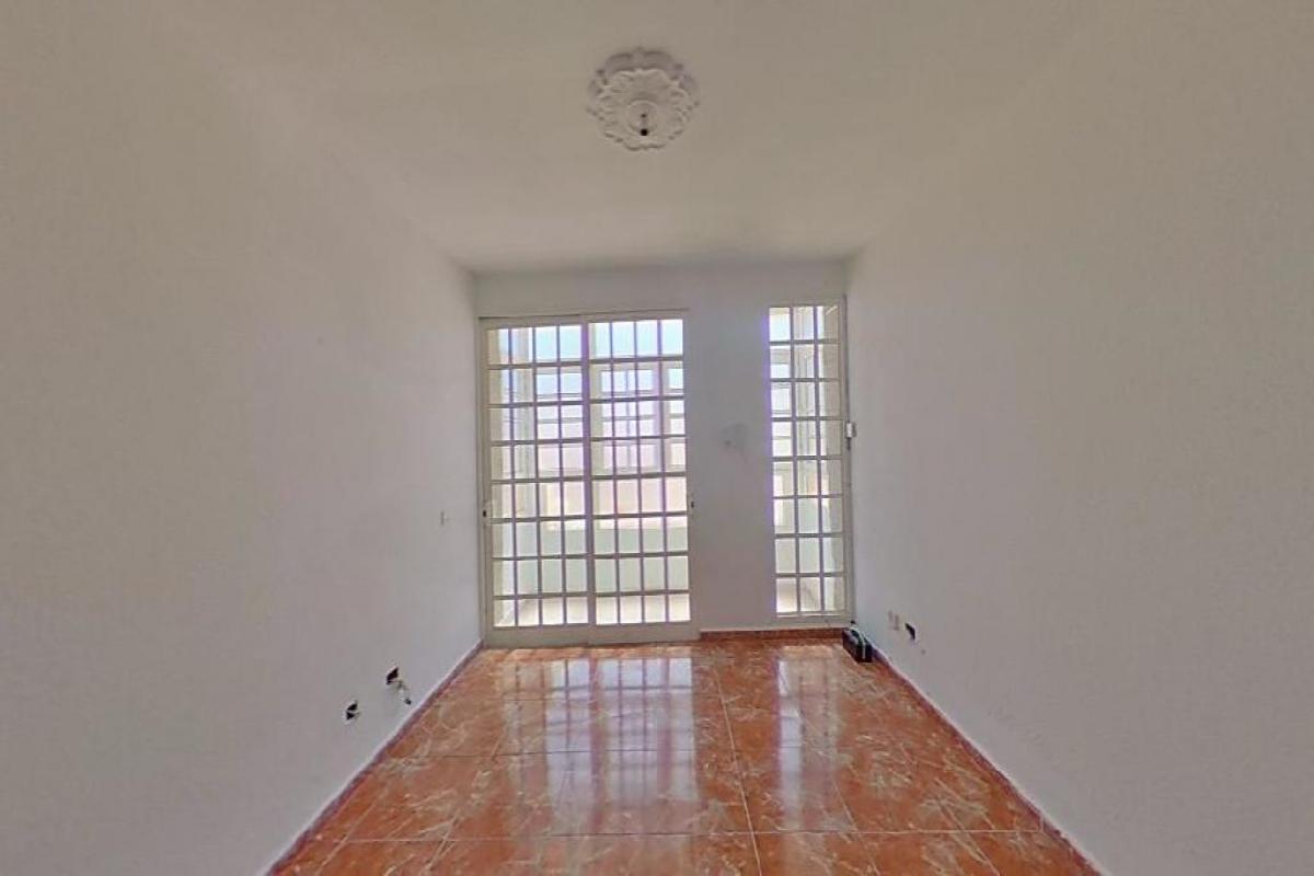 Piso en venta en El Charco, Puerto del Rosario, Las Palmas, Calle Sagrado Corazon, 126.000 €, 4 habitaciones, 2 baños, 123 m2