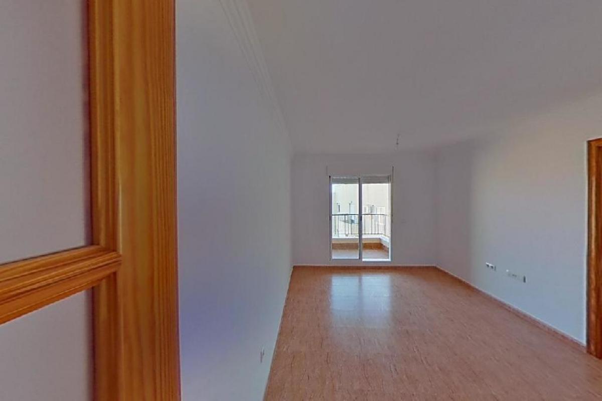 Piso en venta en El Parador de la Hortichuelas, Roquetas de Mar, Almería, Calle San Isidro Labrador, 64.000 €, 2 habitaciones, 1 baño, 75 m2