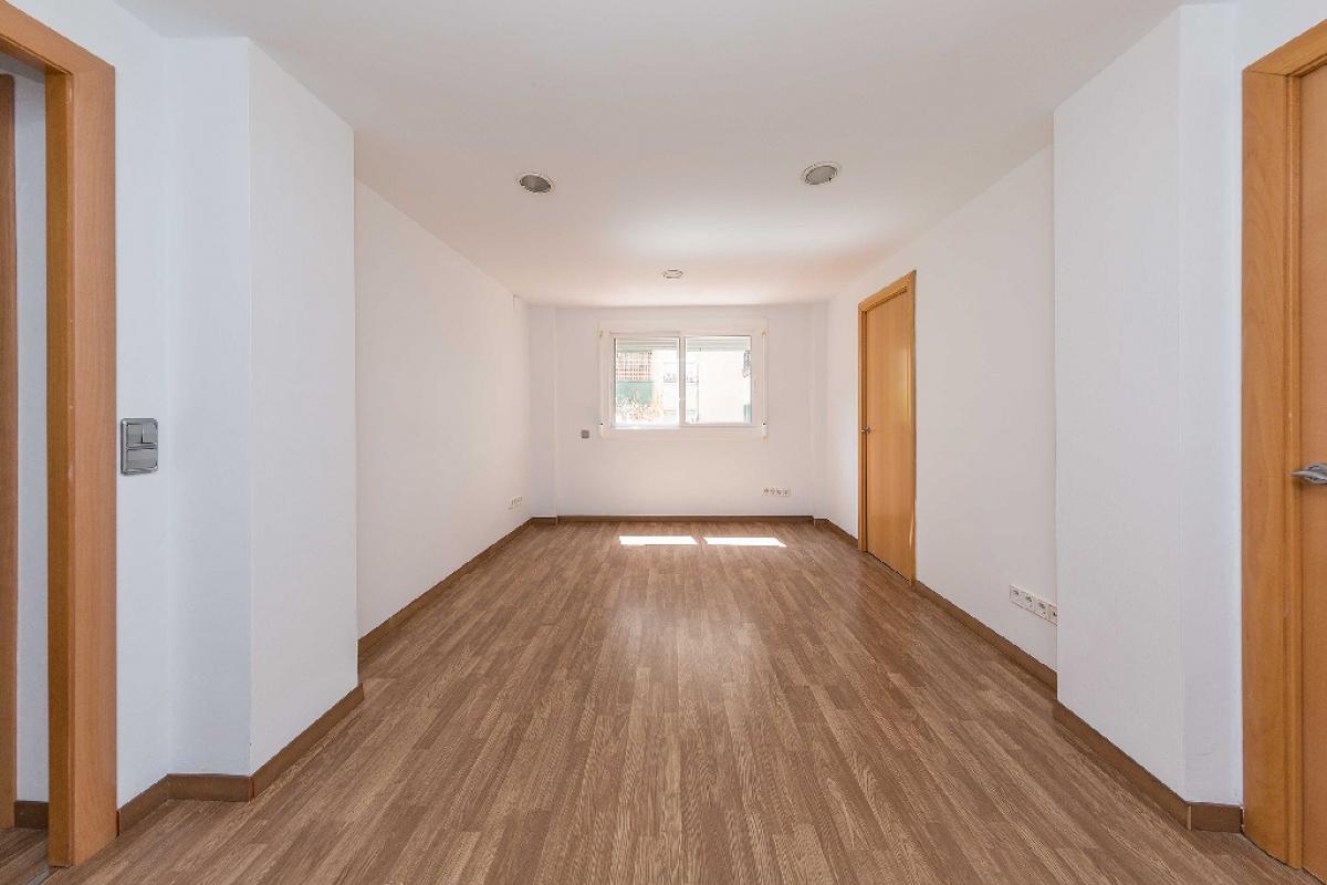 Piso en venta en Badalona, Barcelona, Calle Grupo Verge de la Salut, 162.500 €, 3 habitaciones, 1 baño, 69 m2