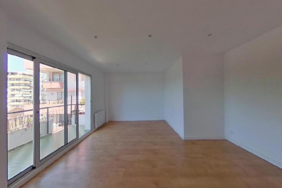 Piso en venta en El Masnou, Barcelona, Calle Joan Carles I, 396.000 €, 3 habitaciones, 2 baños, 126 m2