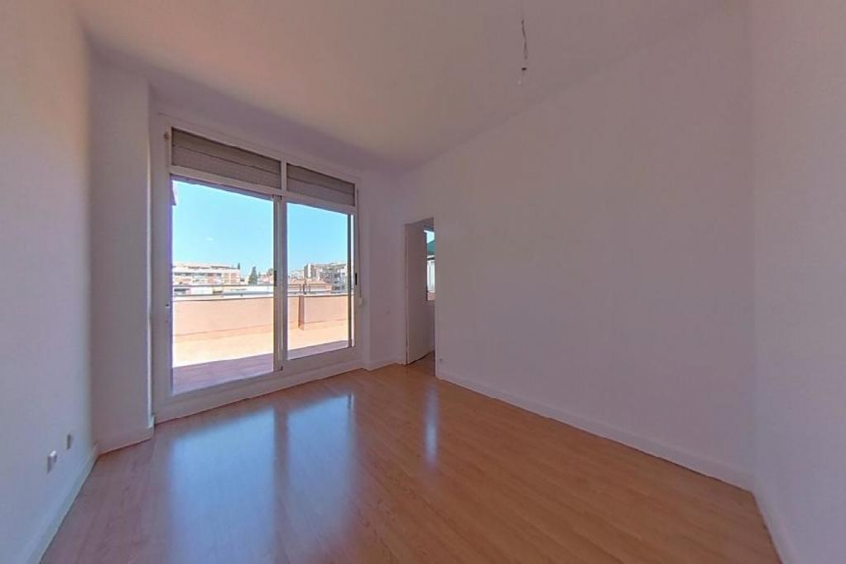Piso en venta en Sant Boi de Llobregat, Barcelona, Calle Mallorca De, 222.000 €, 2 habitaciones, 1 baño, 87 m2