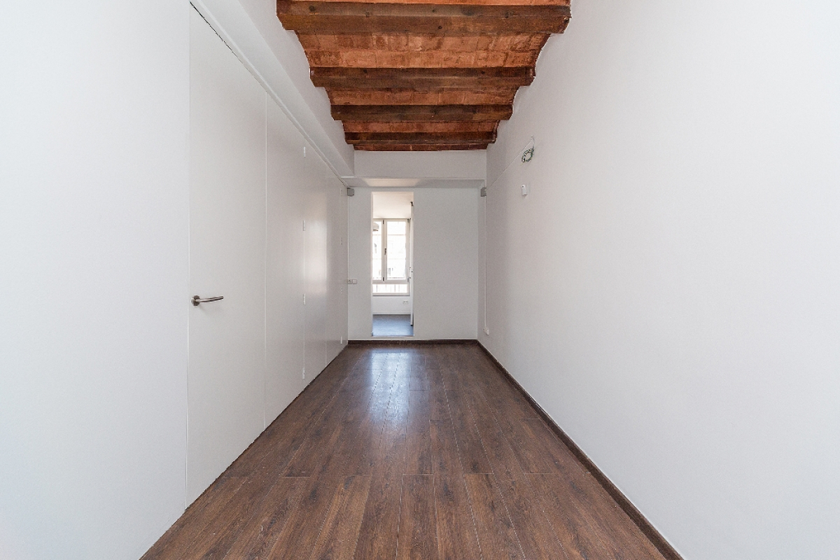 Piso en venta en Barcelona, Barcelona, Calle Olzinelles, 212.000 €, 2 habitaciones, 1 baño, 54 m2