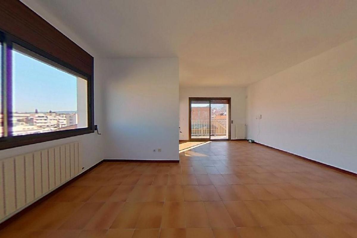 Piso en venta en Montornès del Vallès, Barcelona, Calle Palau D`ametlla, 197.500 €, 4 habitaciones, 2 baños, 129 m2