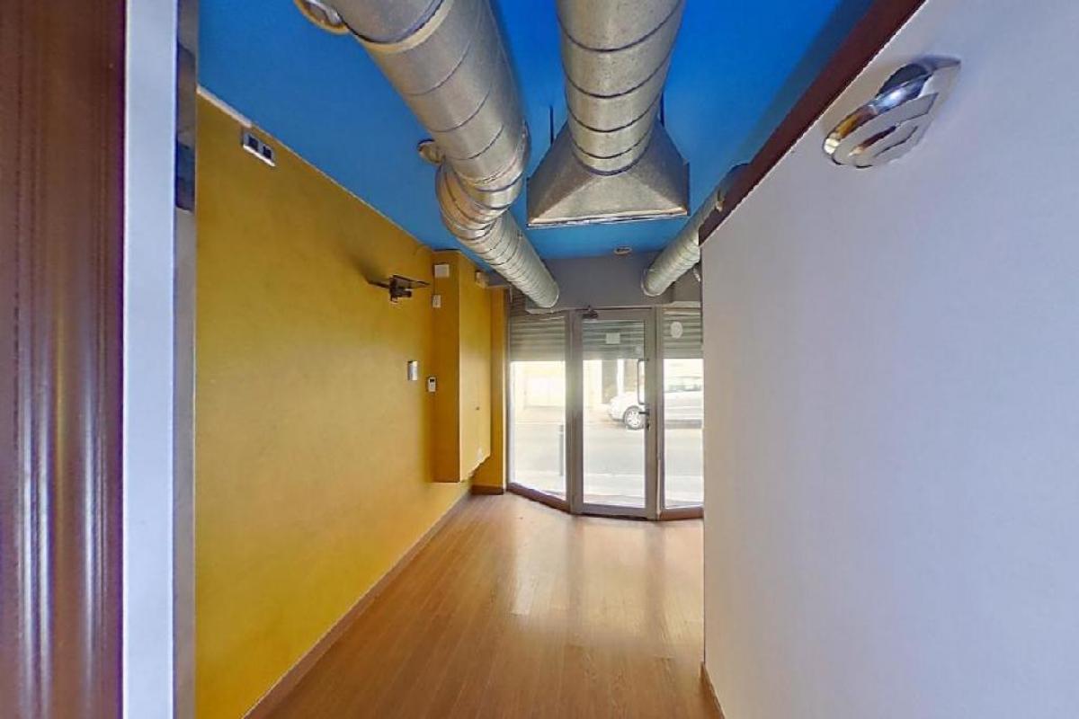 Local en venta en Viladecans, Barcelona, Calle Pere Masallach, 106.500 €, 118 m2