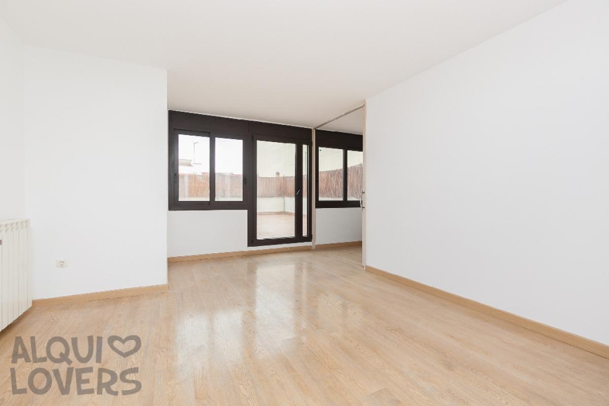 Piso en venta en Martorell, Barcelona, Calle Piera, 124.500 €, 1 habitación, 1 baño, 57 m2