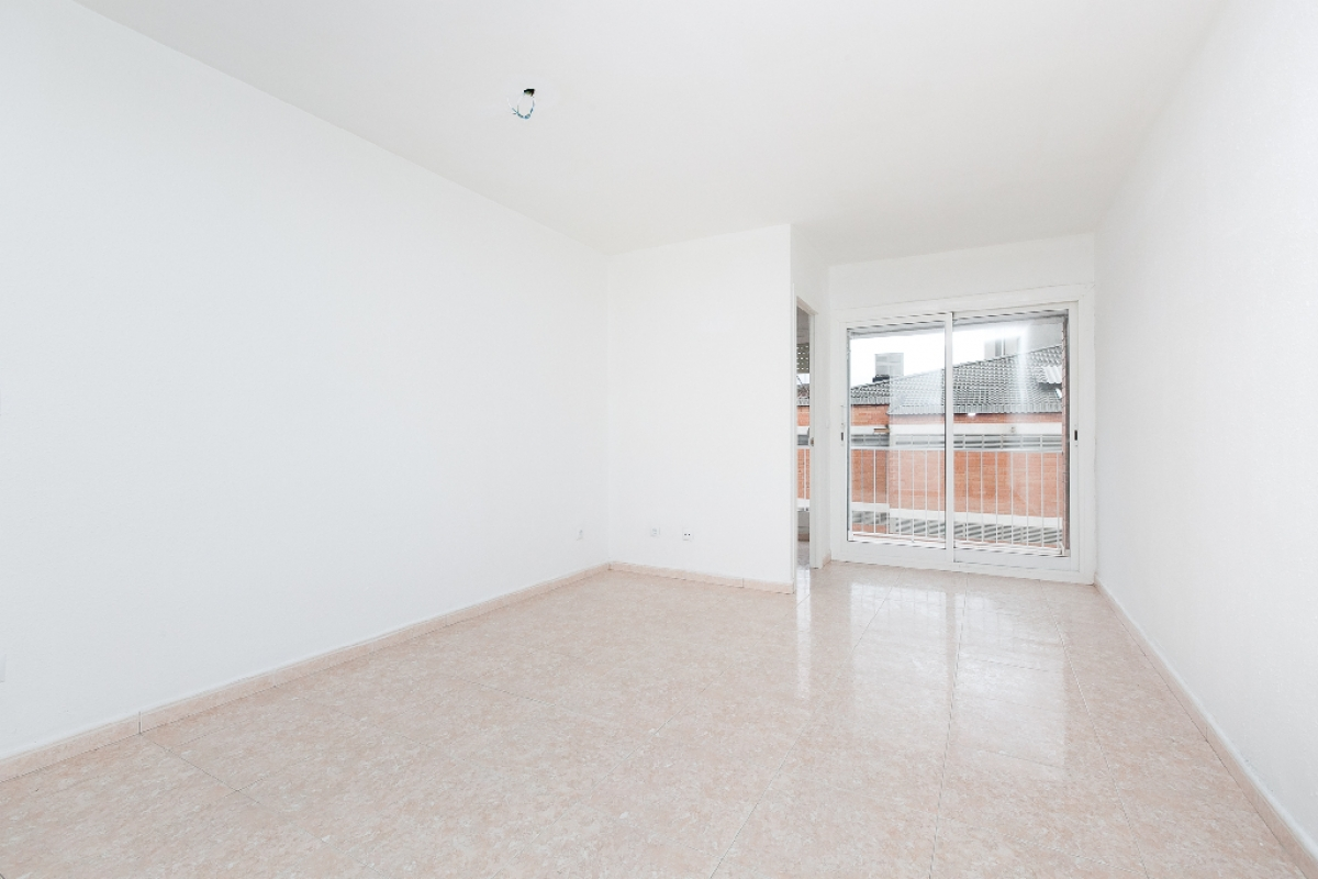 Piso en venta en Sant Feliu de Llobregat, Barcelona, Calle Sant Josep, 209.500 €, 3 habitaciones, 1 baño, 80 m2