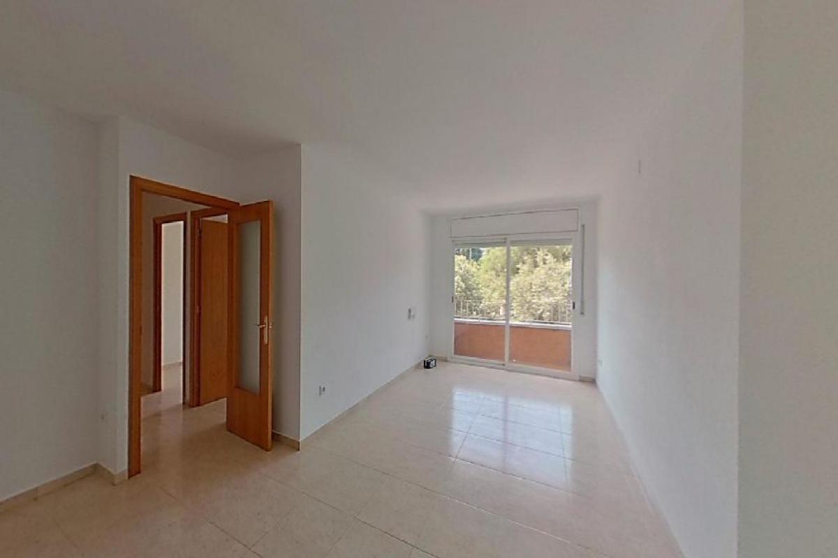 Piso en venta en Vilafranca del Penedès, Barcelona, Plaza Segadors, 125.500 €, 3 habitaciones, 2 baños, 89 m2
