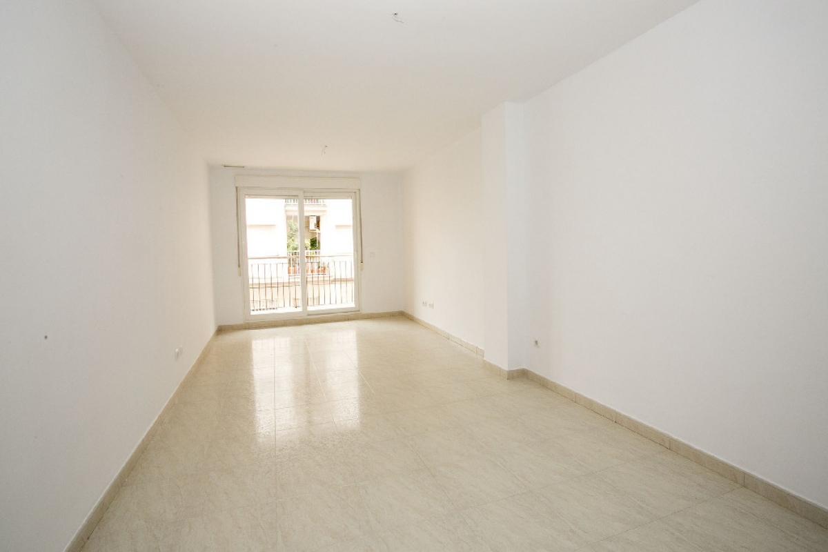 Piso en venta en Gandia, Valencia, Calle Sequia de L`assut, 109.500 €, 3 habitaciones, 2 baños, 122 m2