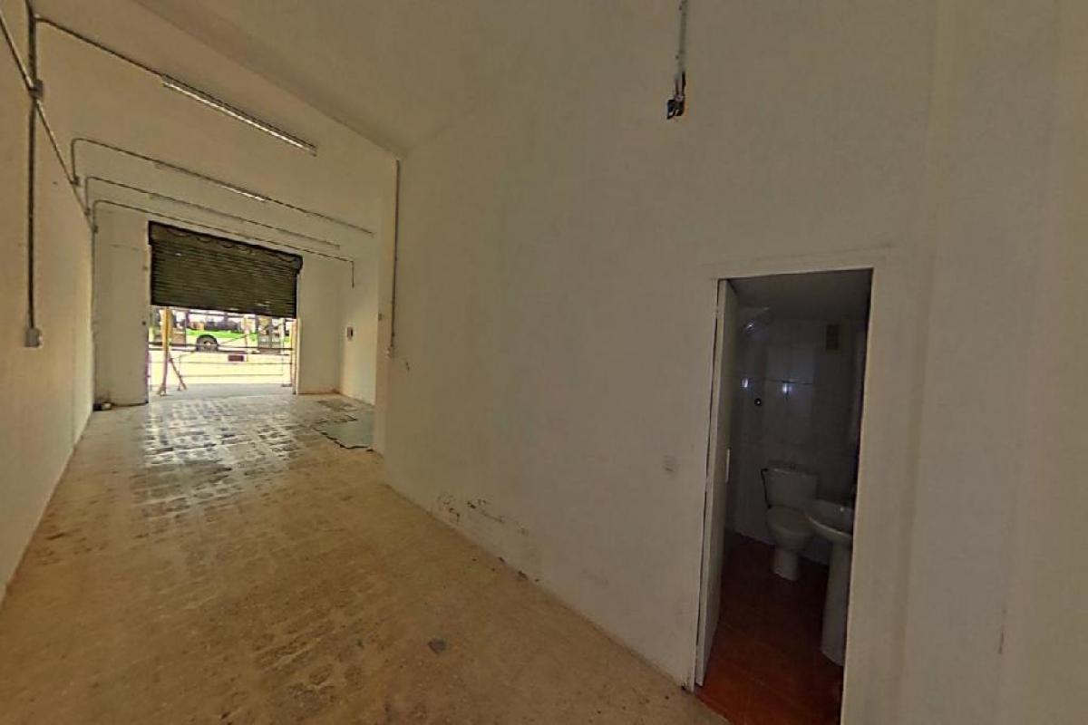 Local en venta en El Prat de Llobregat, Barcelona, Calle Tossa de Mar, 69.000 €, 52 m2
