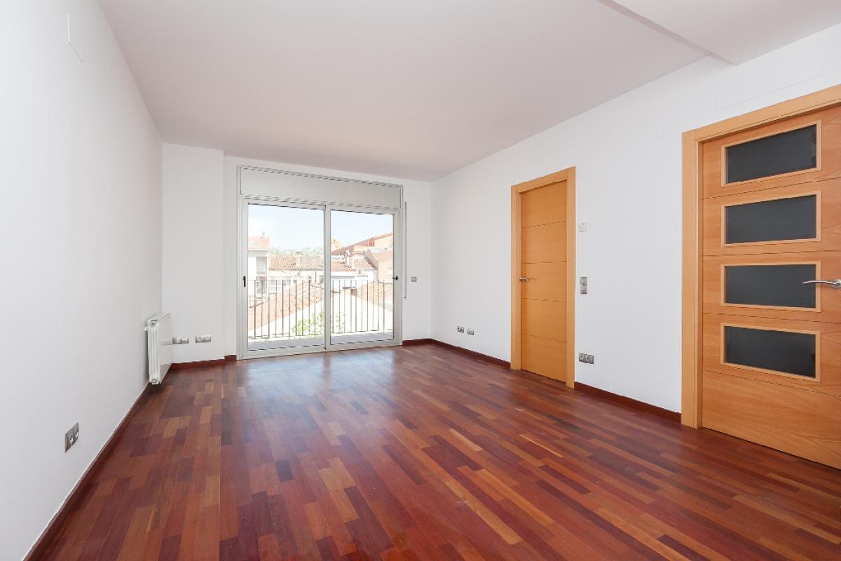 Piso en venta en Sabadell, Barcelona, Calle Turull, 372.000 €, 2 habitaciones, 2 baños, 153 m2