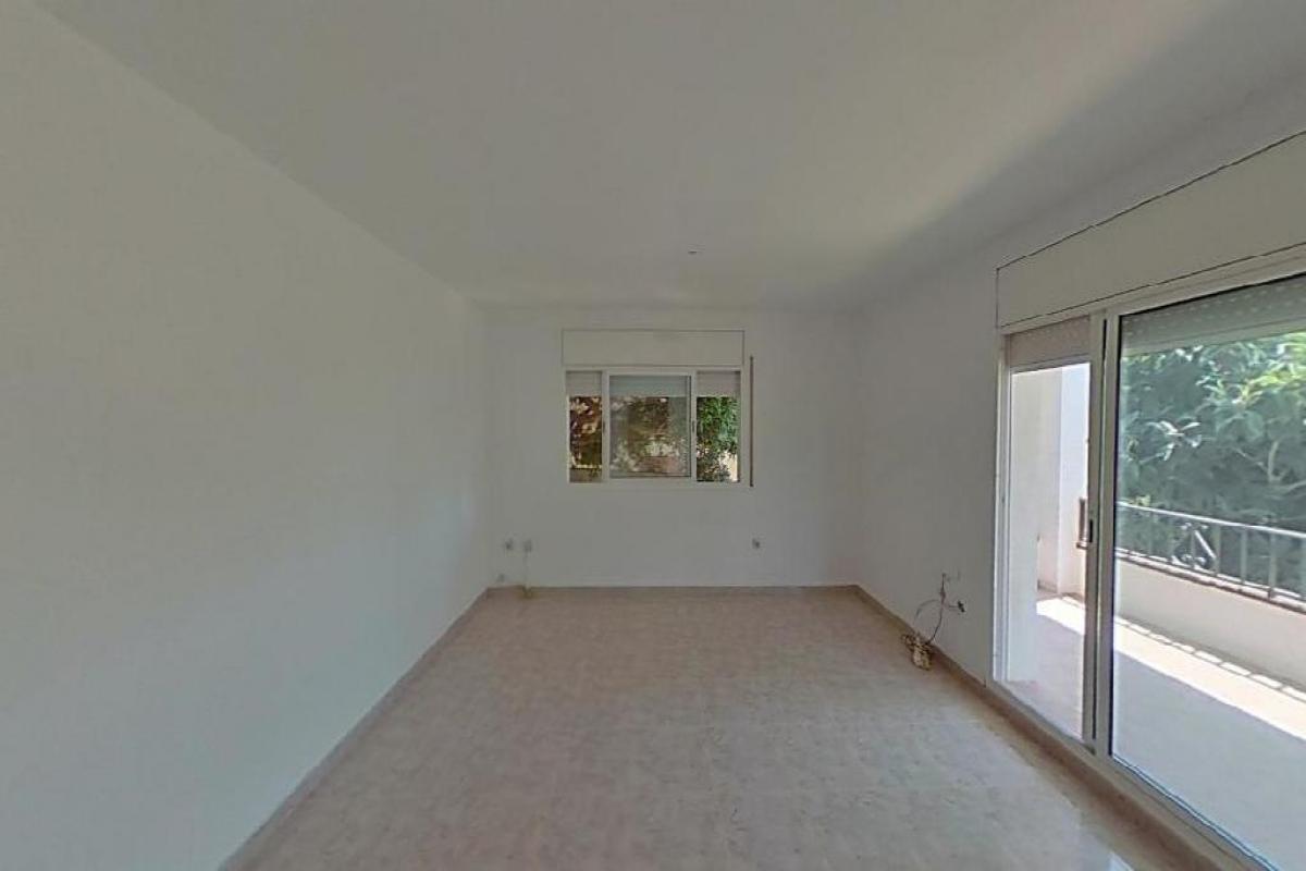 Casa en venta en El Vendrell, Tarragona, Calle Cosmos, 127.500 €, 3 habitaciones, 1 baño, 144 m2