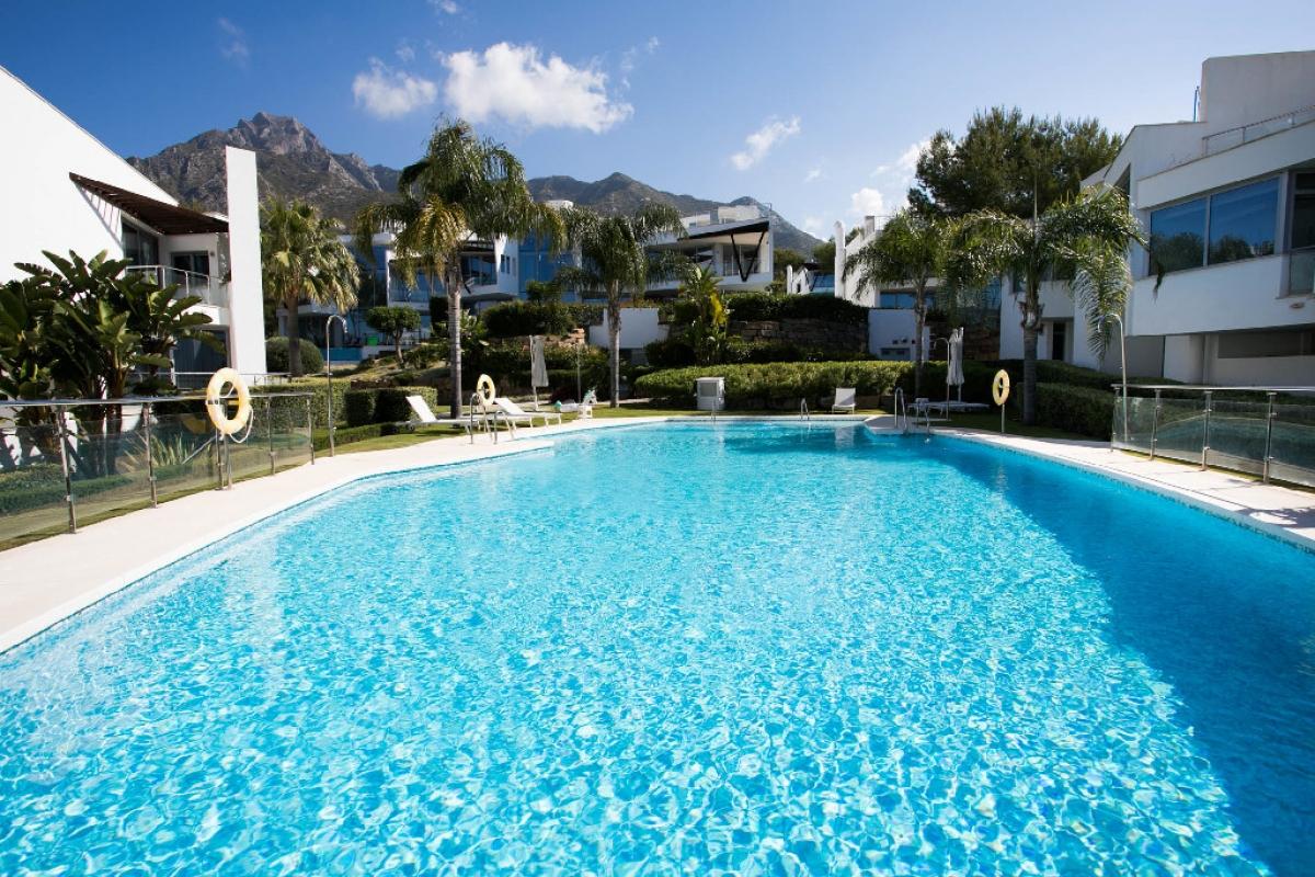 Casa en venta en Marbella, Málaga, Calle Verdi, 2.150.000 €, 3 habitaciones, 4 baños, 509 m2