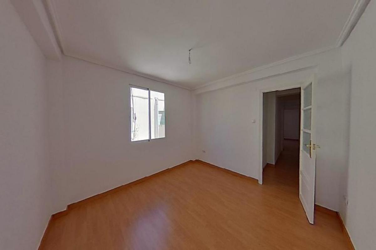 Piso en venta en Valencia, Valencia, Calle Reverendo Jose Pinazo, 152.000 €, 3 habitaciones, 1 baño, 74 m2