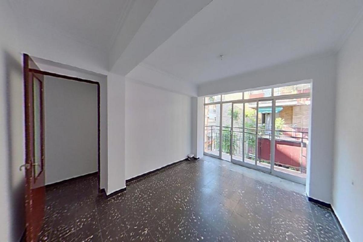 Piso en venta en Gandia, Valencia, Calle Pintor Segrelles, 53.000 €, 4 habitaciones, 1 baño, 87 m2