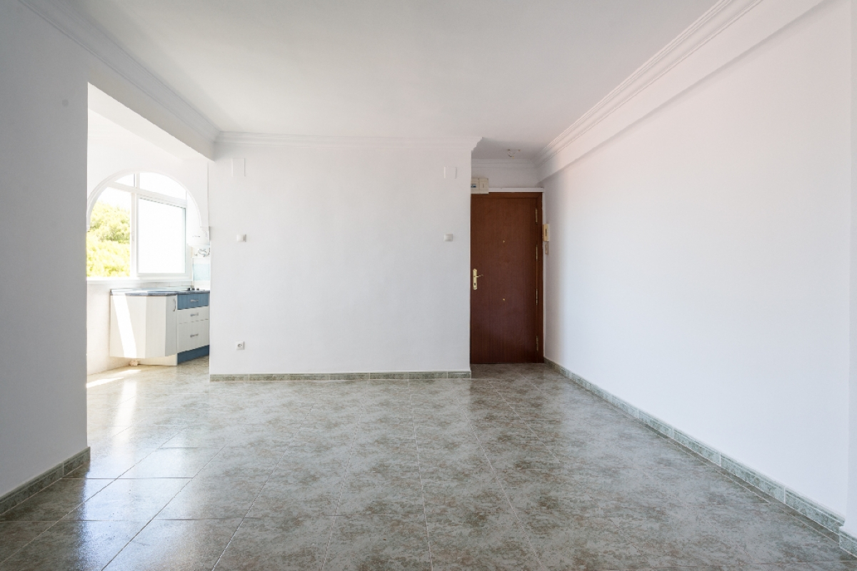 Piso en venta en Torremolinos, Málaga, Calle de los Verdiales, 133.000 €, 3 habitaciones, 1 baño, 73 m2