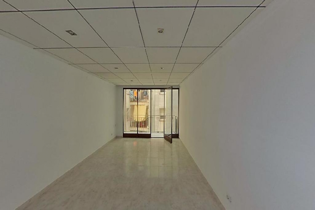 Piso en venta en Reus, Tarragona, Calle Banys, 55.000 €, 3 habitaciones, 2 baños, 81 m2