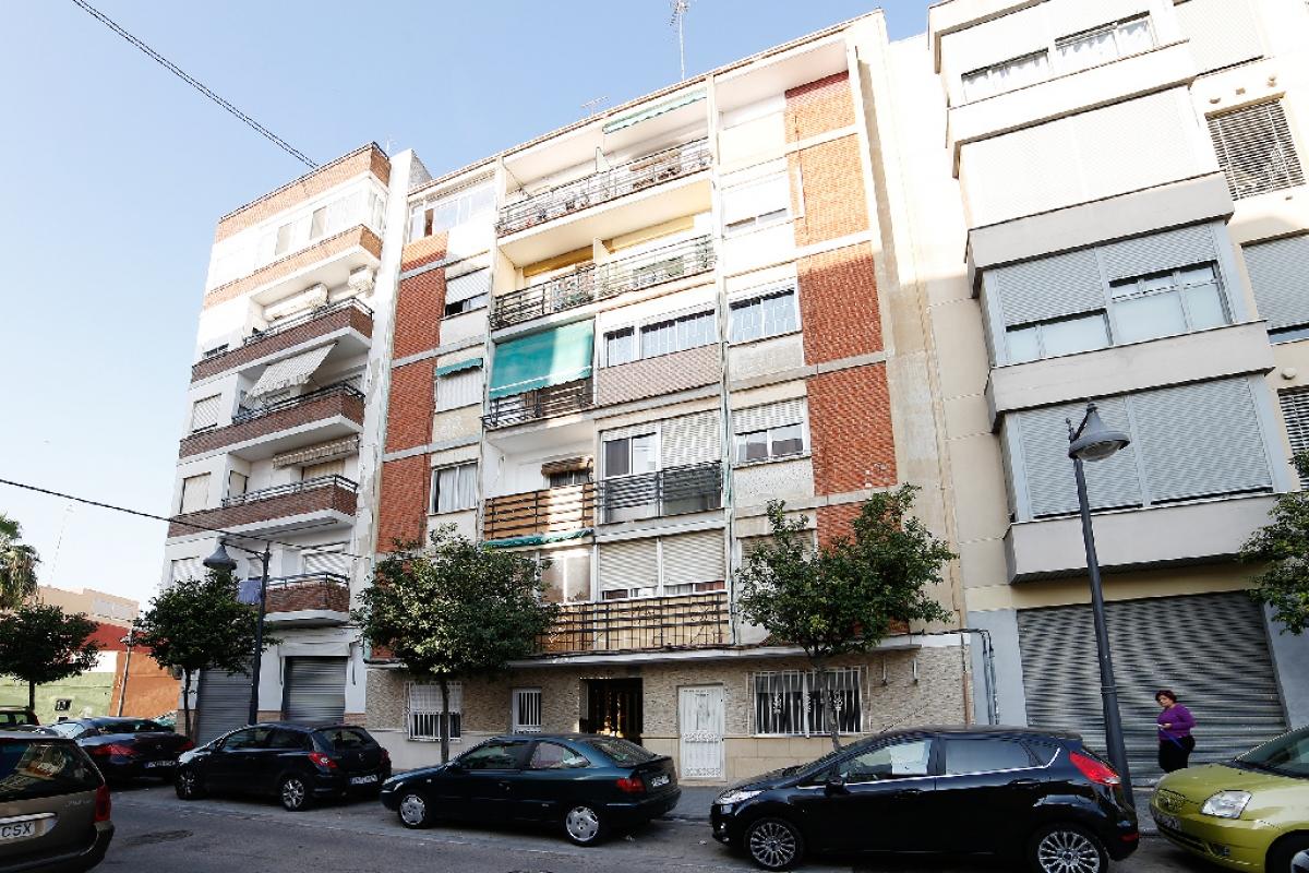 Piso en venta en Valencia, Valencia, Calle Nueva Tabarca, 100.000 €, 4 habitaciones, 1 baño, 102 m2