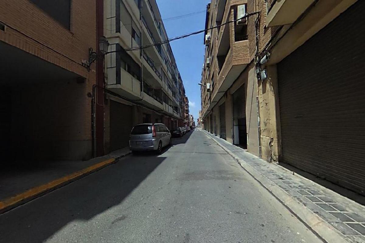 Piso en venta en Valencia, Valencia, Calle Campana, 101.000 €, 4 habitaciones, 1 baño, 87 m2