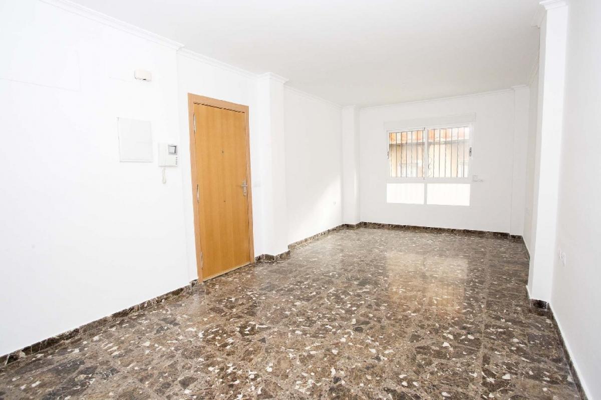 Piso en venta en Sagunto/sagunt, Valencia, Calle Teodoro Llorente, 124.500 €, 5 habitaciones, 2 baños, 139 m2