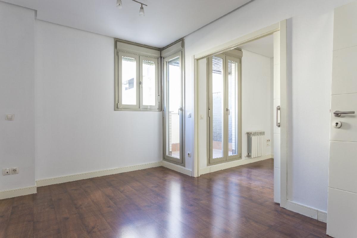 Piso en venta en Madrid, Madrid, Avenida Cerro Milano, 173.500 €, 1 habitación, 1 baño, 41 m2