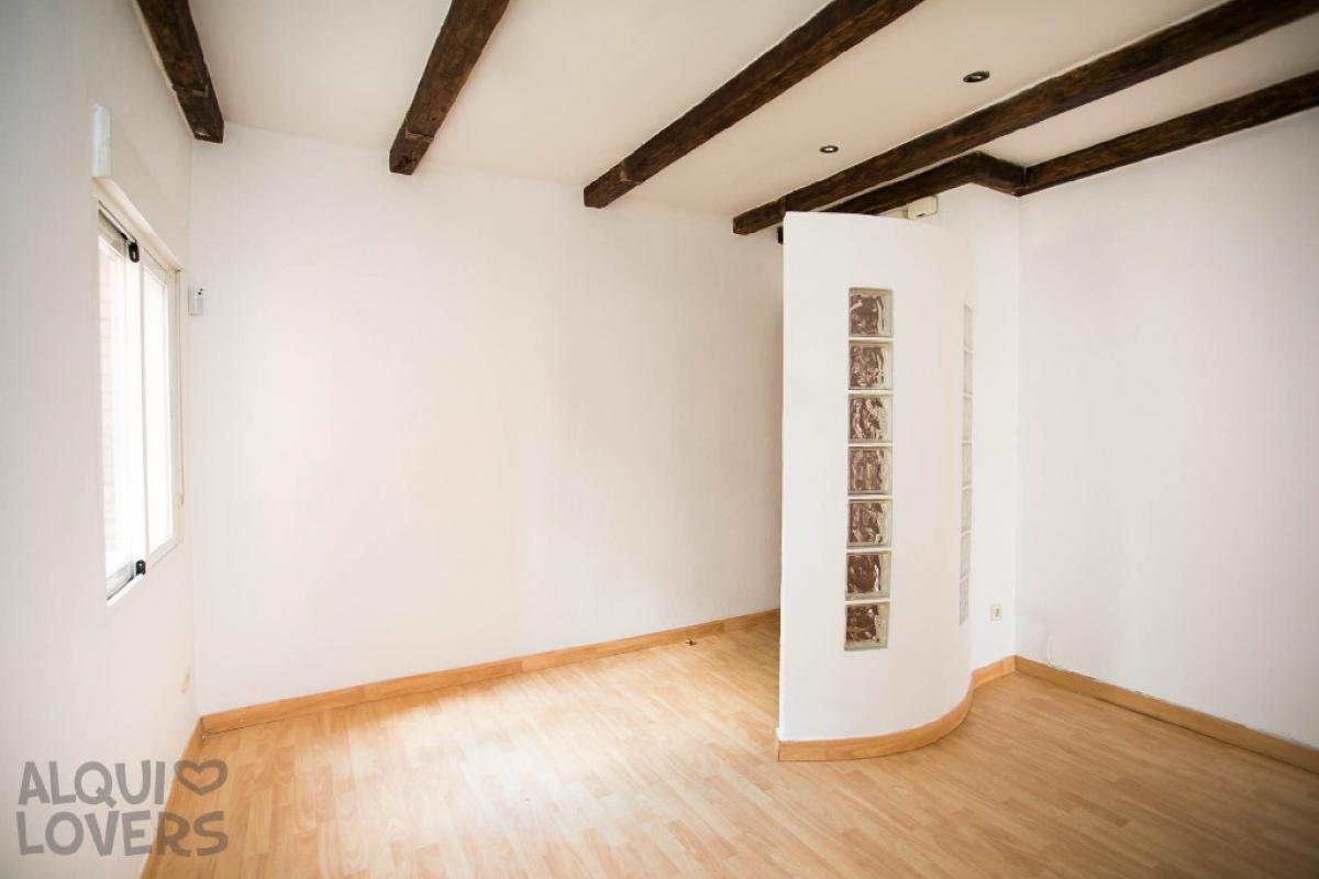 Piso en venta en Alcalá de Henares, Madrid, Calle Cristobal Colon, 105.000 €, 5 habitaciones, 1 baño, 68 m2