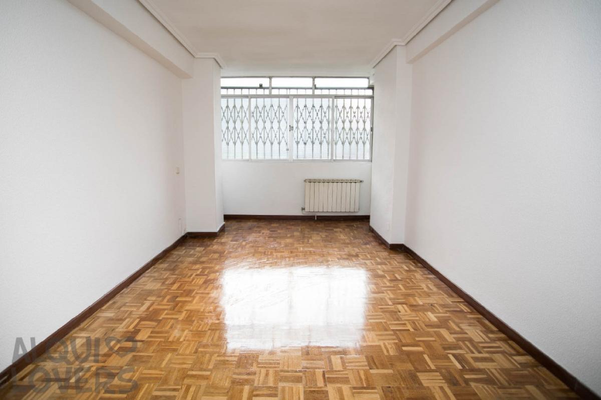 Piso en venta en Leganés, Madrid, Calle la Rioja, 139.000 €, 5 habitaciones, 1 baño, 68 m2