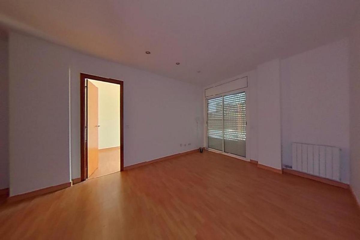 Piso en venta en Salt, Girona, Calle Pep Ventura, 125.500 €, 4 habitaciones, 2 baños, 118 m2
