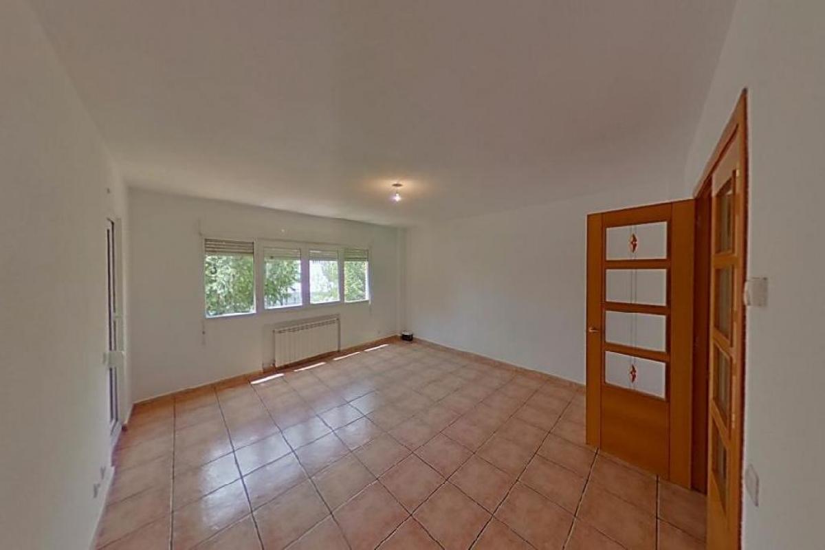Piso en venta en Móstoles, Madrid, Avenida de los Sauces, 223.500 €, 4 habitaciones, 2 baños, 111 m2