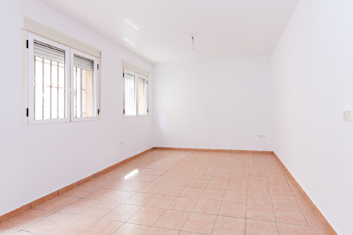 Piso en venta en Aspe, Alicante, Calle San Jaime, 49.000 €, 4 habitaciones, 1 baño, 100 m2
