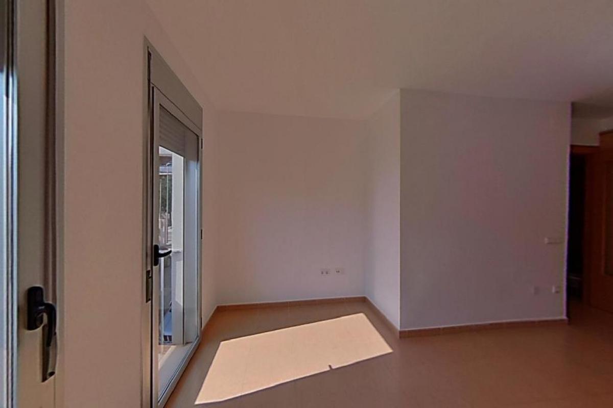 Piso en venta en Vilallonga del Camp, Vilallonga del Camp, Tarragona, Calle Tarragona, 86.500 €, 3 habitaciones, 2 baños, 82 m2