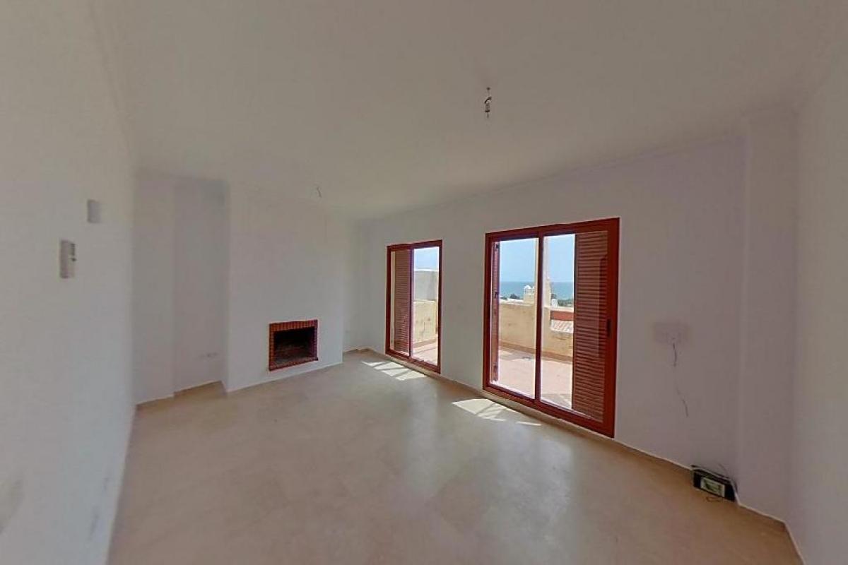Casa en venta en Sabinillas, Manilva, Málaga, Avenida Suecia, 162.000 €, 2 habitaciones, 3 baños, 145 m2