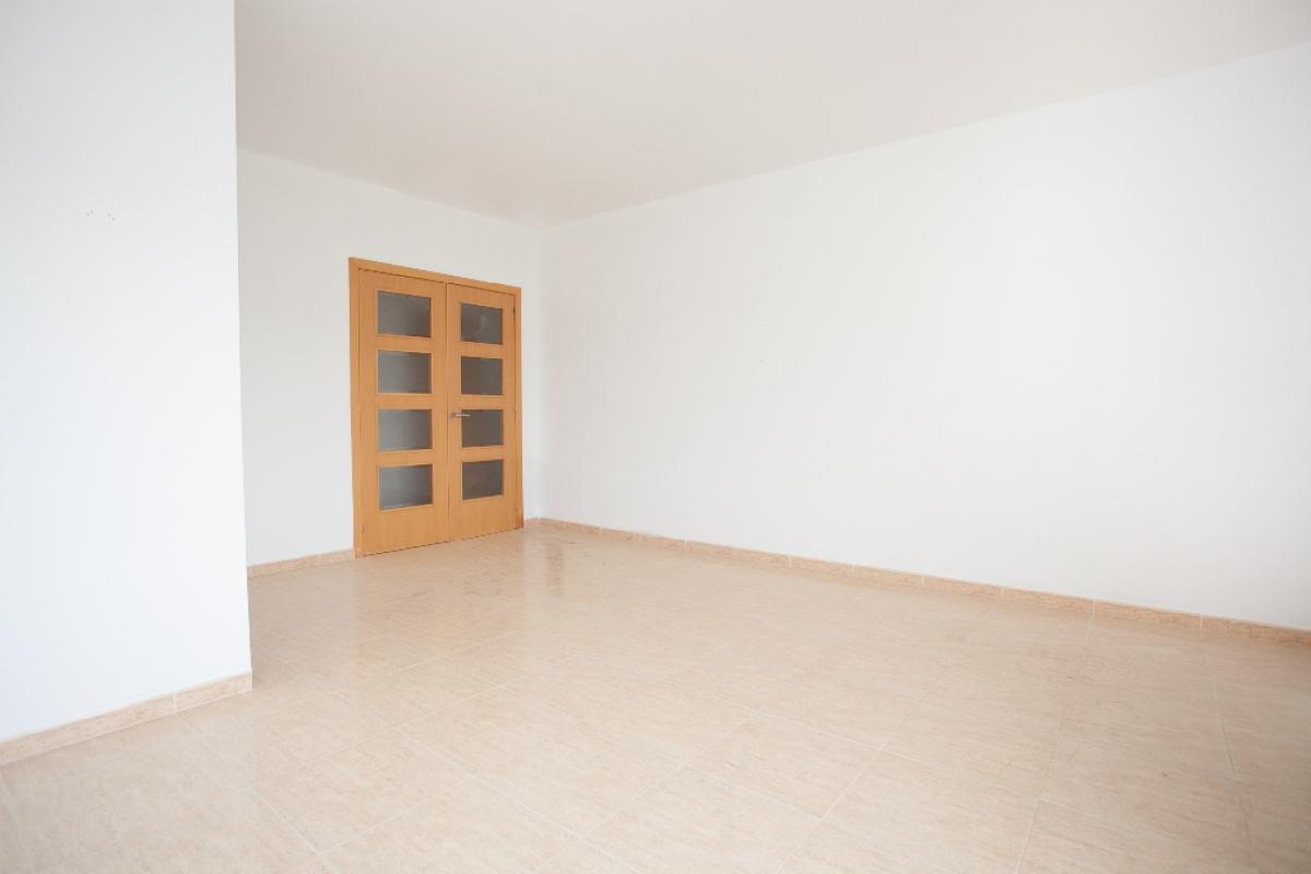Piso en venta en Bonastre, Bonastre, Tarragona, Paseo Moreres, 103.500 €, 4 habitaciones, 2 baños, 128 m2