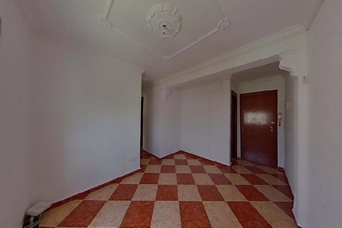 Piso en venta en Los Albarizones, Jerez de la Frontera, Cádiz, Plaza los Pinos, 67.000 €, 3 habitaciones, 1 baño, 71 m2