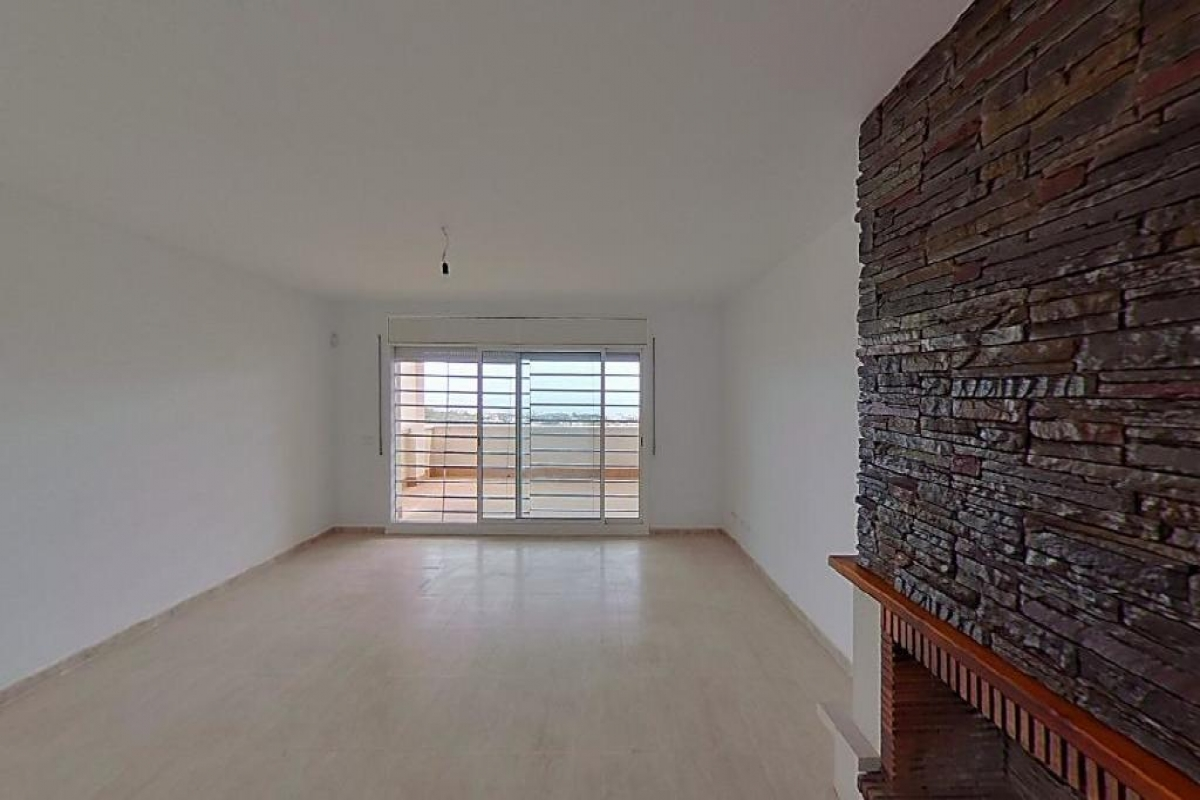 Casa en venta en Sant Miquel, Calafell, Tarragona, Calle Estats Units, 182.000 €, 4 habitaciones, 3 baños, 187 m2