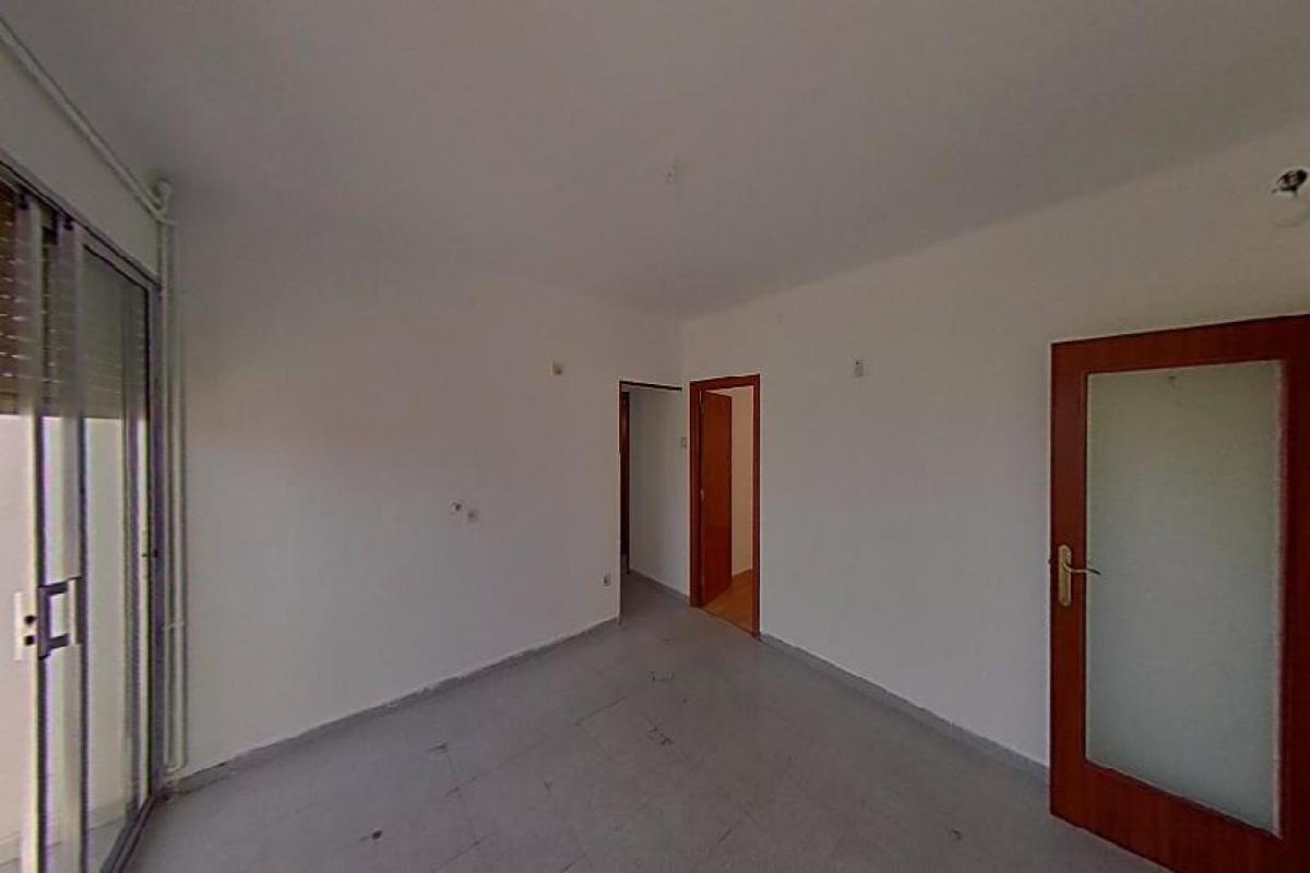 Piso en venta en Can Rossell, L` Arboç, Tarragona, Plaza de la Constitució, 40.500 €, 4 habitaciones, 1 baño, 66 m2