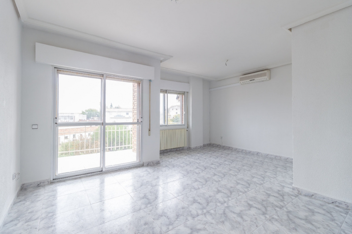 Piso en venta en El Lavadero, Ciempozuelos, Madrid, Calle Castilla la Nueva, 123.500 €, 3 habitaciones, 2 baños, 99 m2