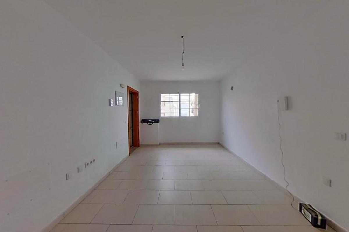 Piso en venta en Bockum, Arrecife, Las Palmas, Calle Alfonso Xii, 100.483 €, 3 habitaciones, 84 m2