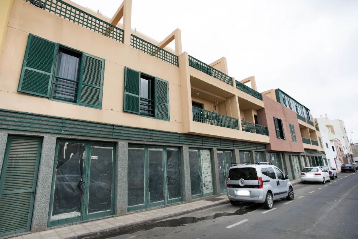 Local en venta en Bockum, Arrecife, Las Palmas, Calle Andalucia, 56.000 €, 139 m2