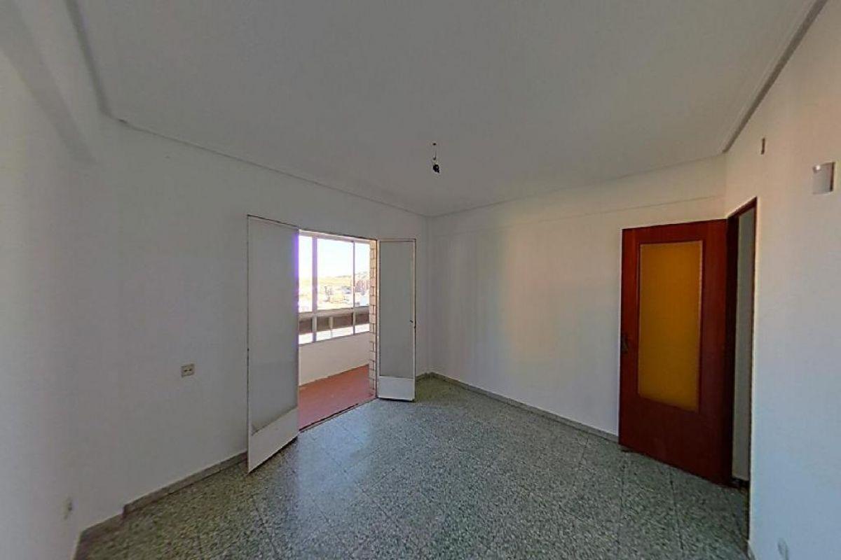 Piso en venta en Bockum, Cáceres, Cáceres, Calle Antonio Hurtado, 100.000 €, 3 habitaciones, 1 baño, 95 m2