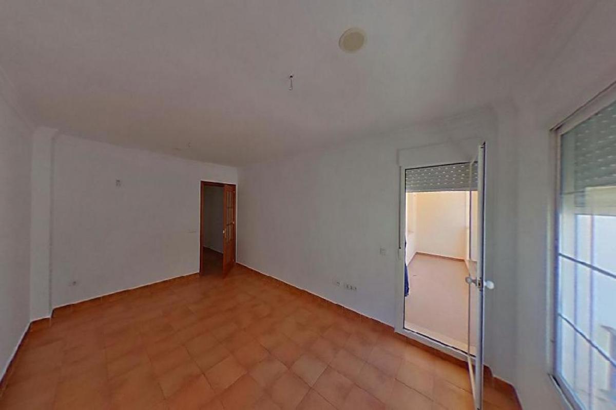 Piso en venta en Bockum, Benalup-casas Viejas, Cádiz, Calle Conil, 47.500 €, 3 habitaciones, 90 m2