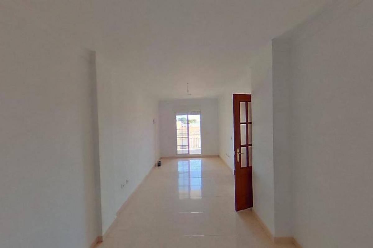 Piso en venta en Coto de Caza, Benalup-casas Viejas, Cádiz, Calle Vejer, 51.000 €, 3 habitaciones, 89 m2